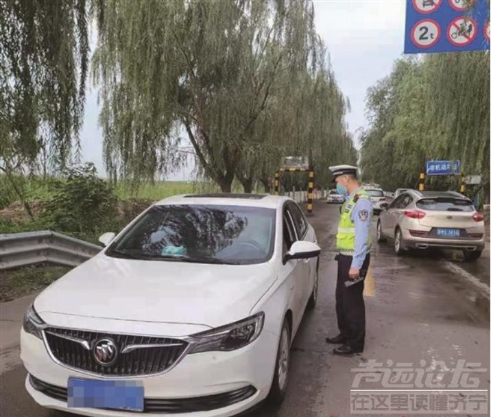 济宁的司机们注意了!副驾不系安全带会被罚-1.jpg
