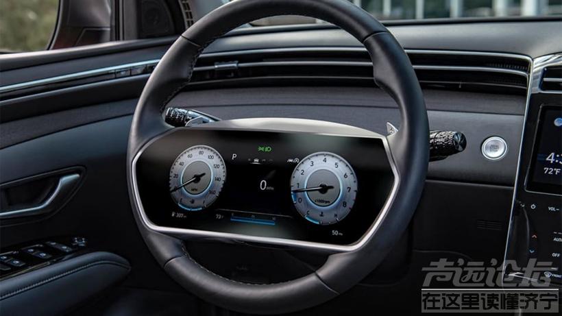 现代汽车新专利:在方向盘上安装显示屏 去除传统仪表盘-1.jpg